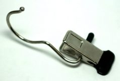 Klamber tootedetailide riputamiseks SL640